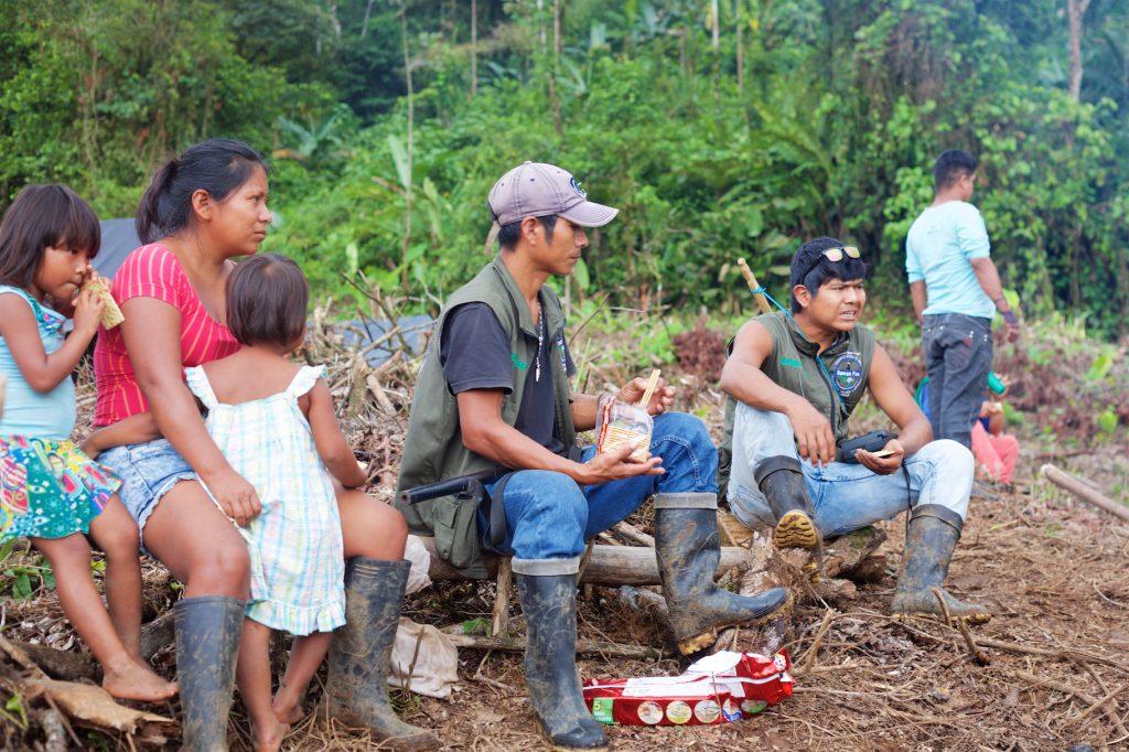Comunidades indígenas en medio de fuego cruzado por enfrentamiento entre las Águilas Negras y ELN en el departamento del Chocó
