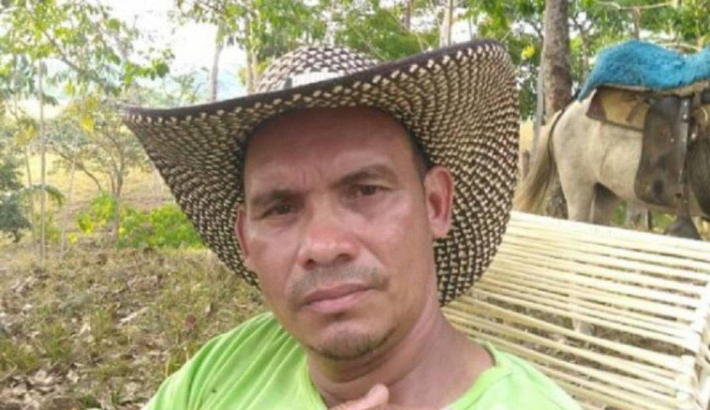 Asesinan a Julio César Hernández integrante de Asocbac en La Caucana, Tarazá.