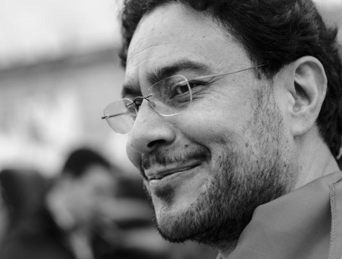 Iván Cepeda iniciará acciones legales contra Iván Duque por sus reiterados ataques a la independencia del Poder Judicial.
